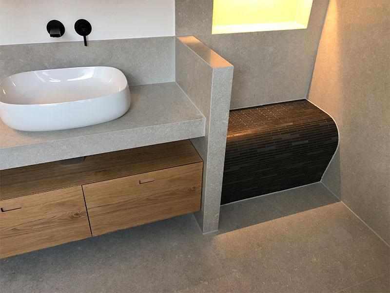Fliesen beverungen Bad Waschbecken und Dusche