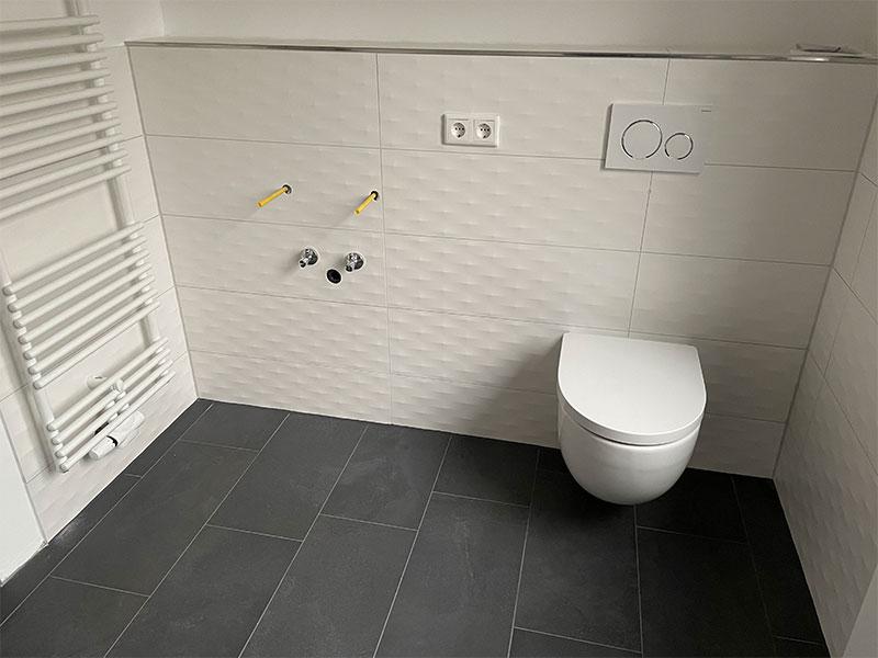 Fliesen beverungen Fliesen weiß Toilette