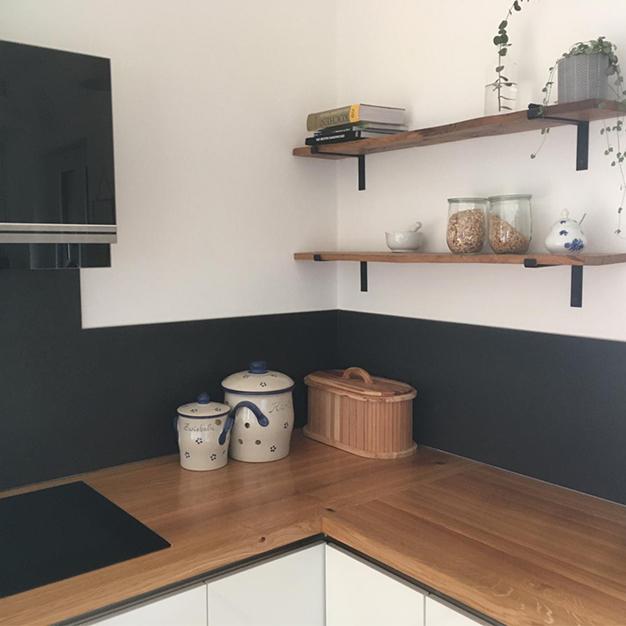 Fliesen beverungen Küche Fliesenspiegel dunkel.jpeg