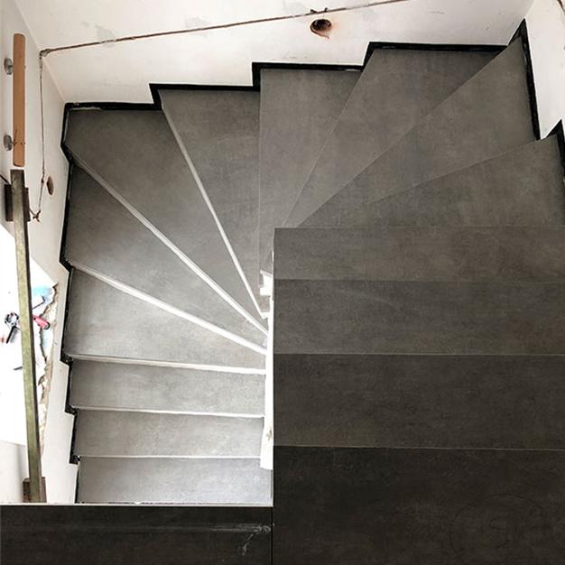 Fliesen_Beverungen-Treppe